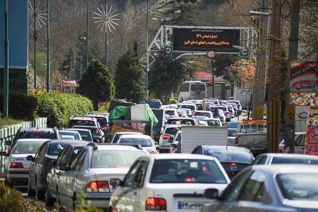 ترافیک سنگین در ابتدای جاده چالوس
