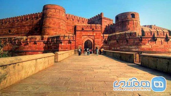 قلعه آگره، بنای سرخ هندوستان