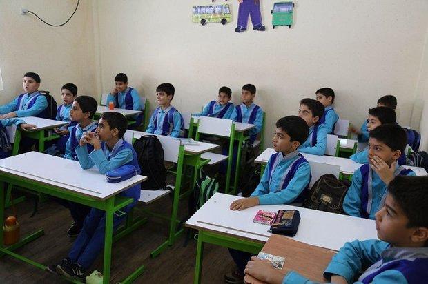 حل مشکل کمبود معلم در هنرستان ها، کلاس خالی در تهران نداریم